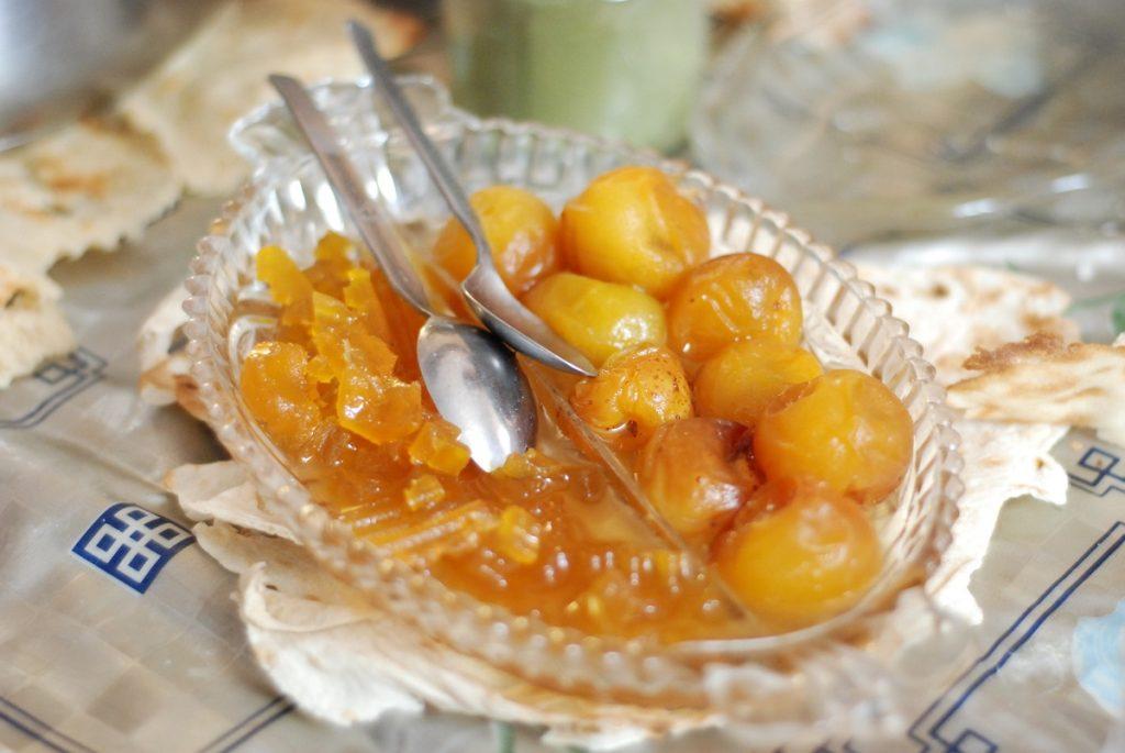 Kandyzowane owoce iran