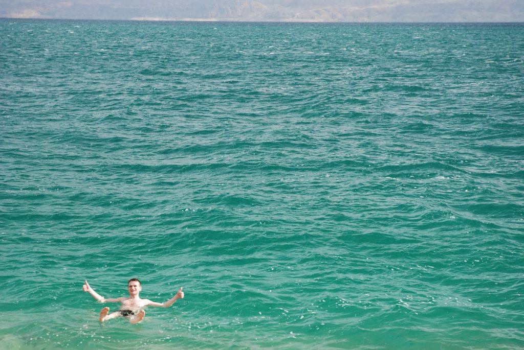 kąpiel w morzu martwym