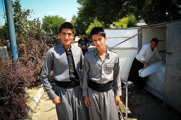 Kurdowie strój