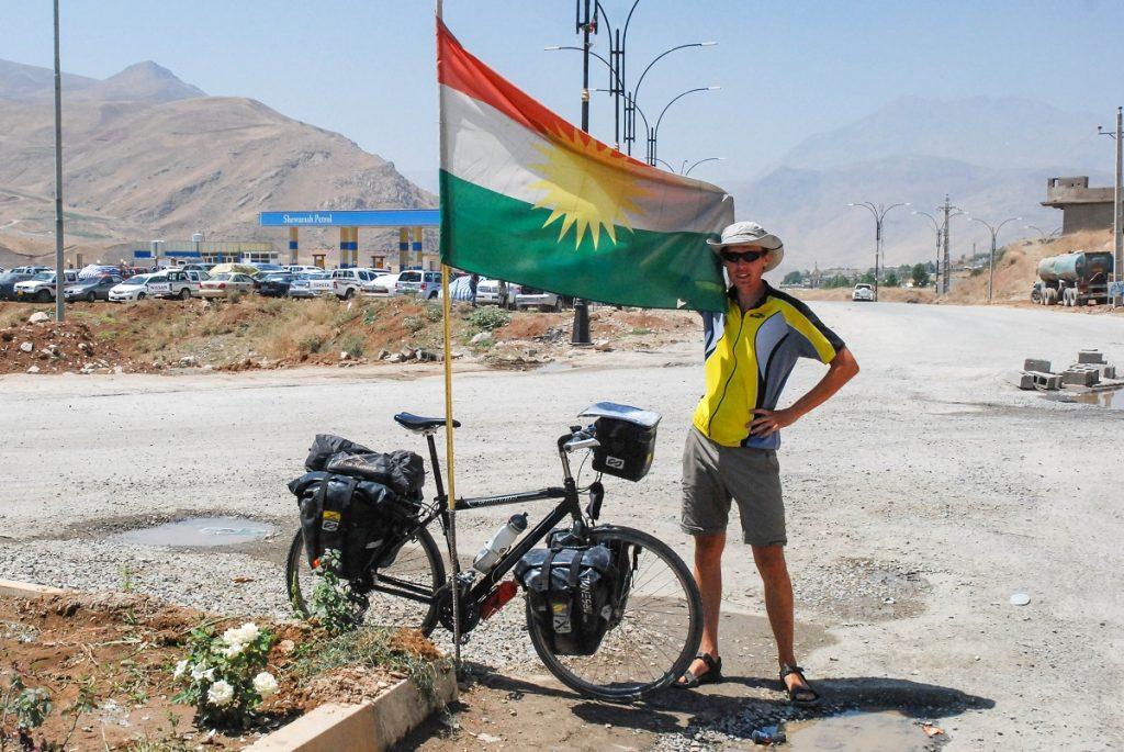 Kurdyjska flaga w IRaku