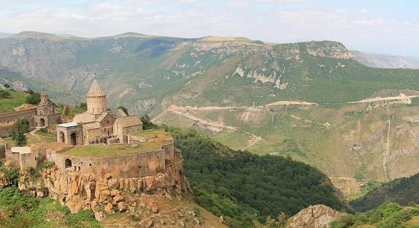 Monastyd w Armeni Tatev