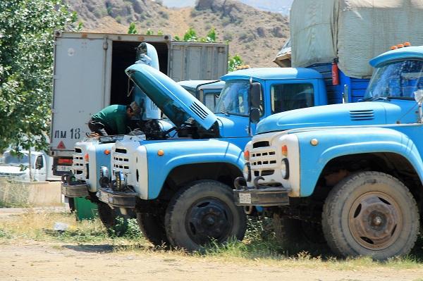 Sowieckie ciężarówki Ził