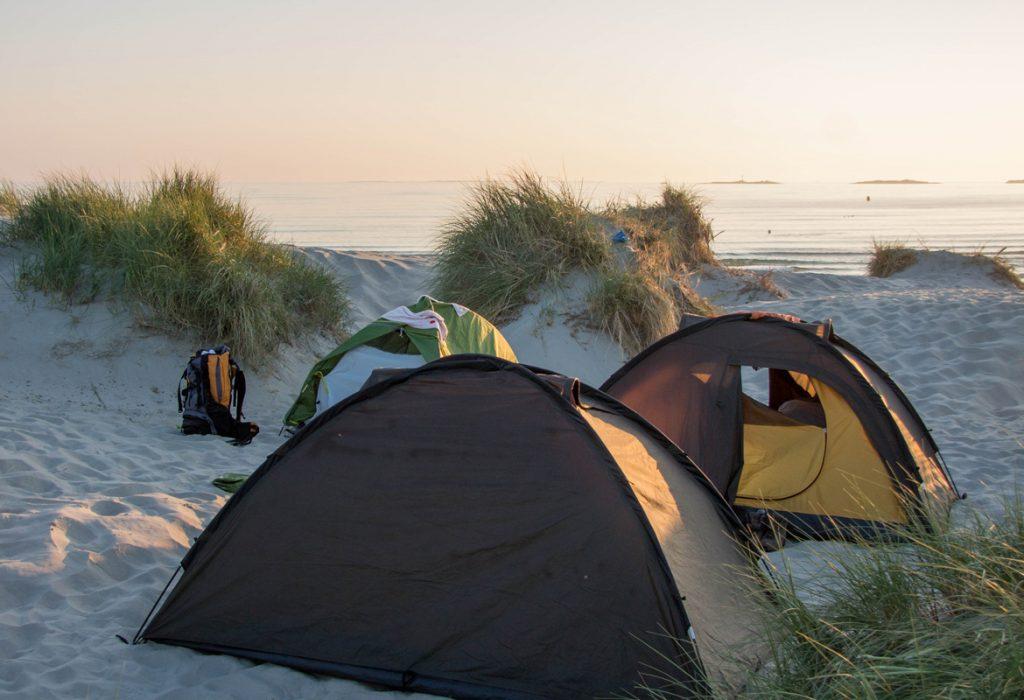 Nocleg na plaży sola