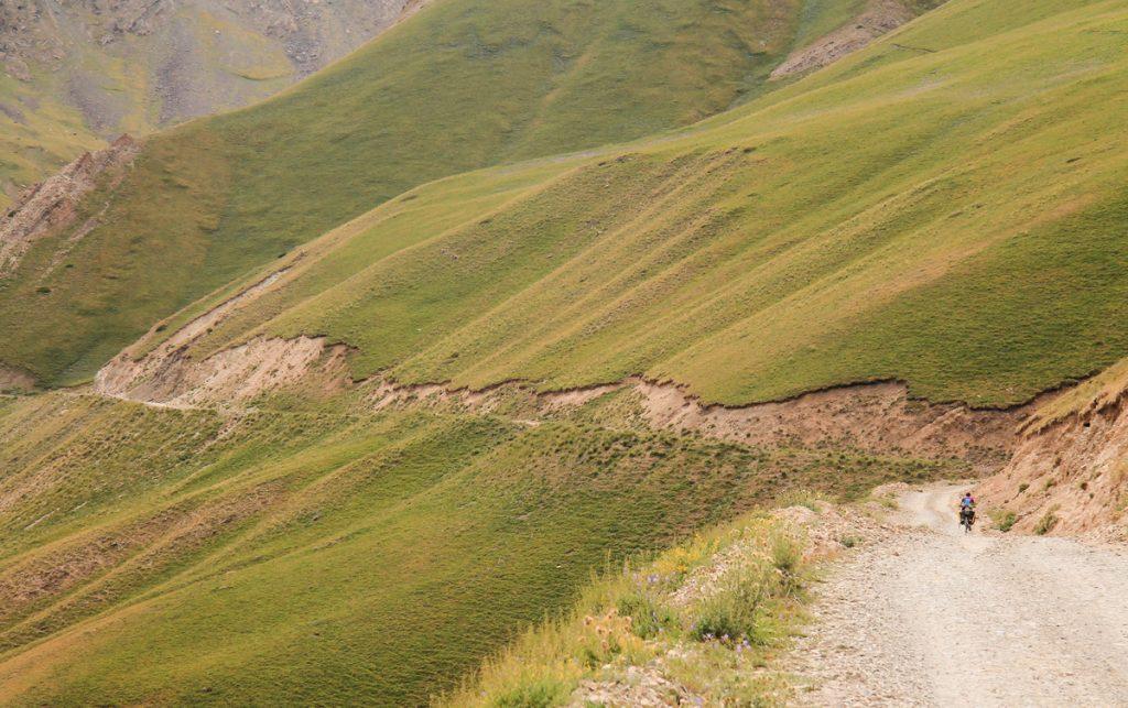 Drogi w Kirgistanie