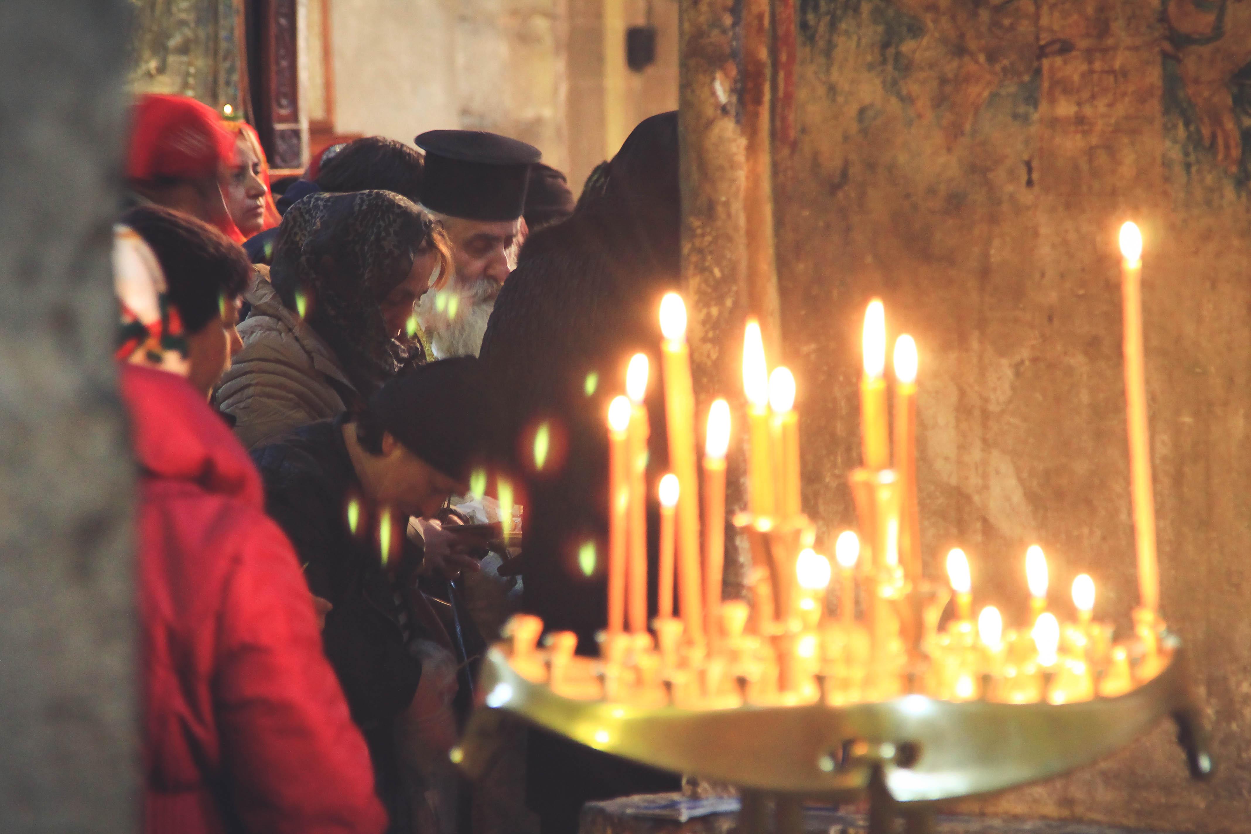 Jeszcze jedno zdjęcie z tegorocznego wyjazdu blogerów do Gruzji. Nabożeństwo w jednym z monastyrów w Tbilisi.