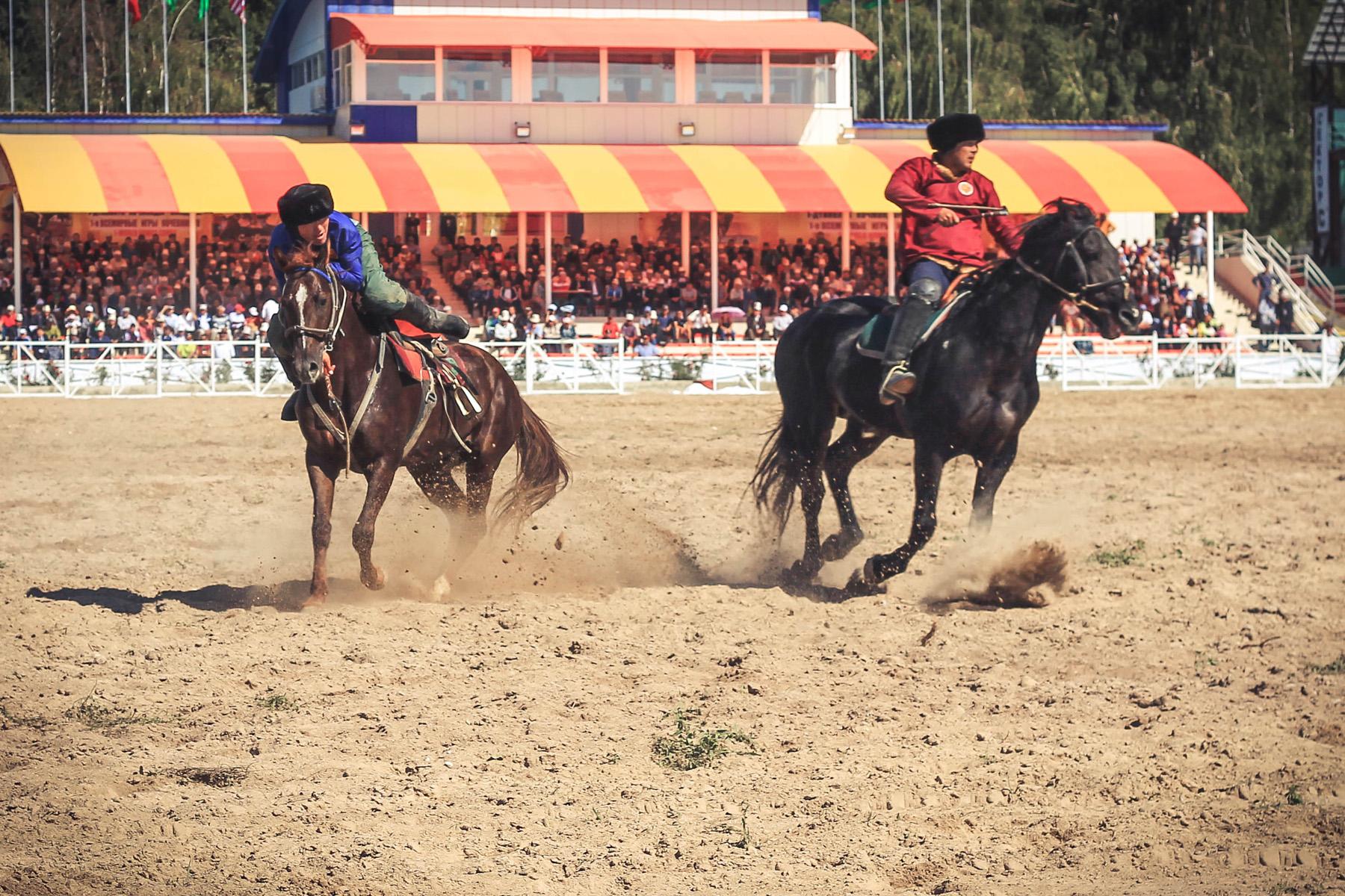 Kirgistan-Kokboru-Buzkaszi