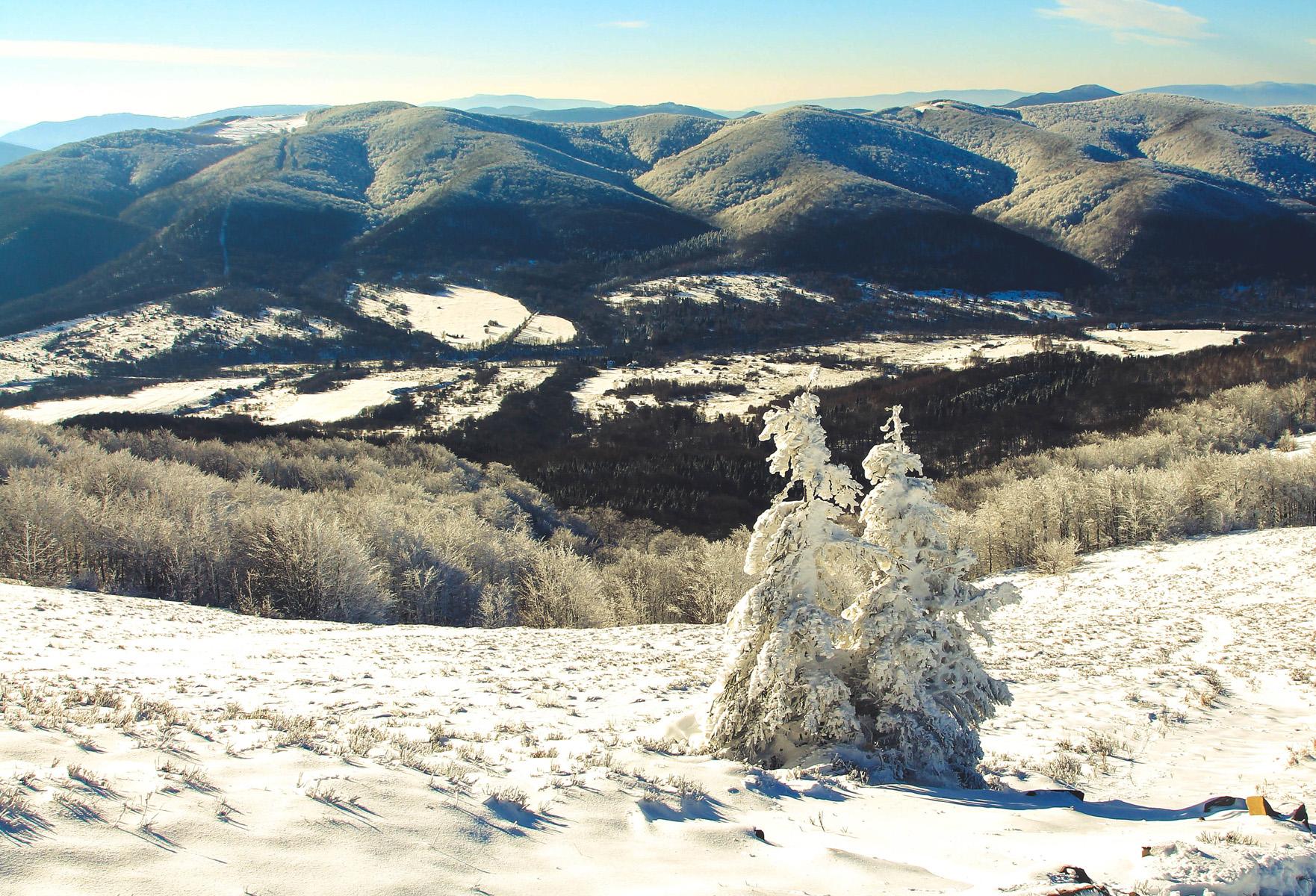 Widok na Bieszczady Zimą