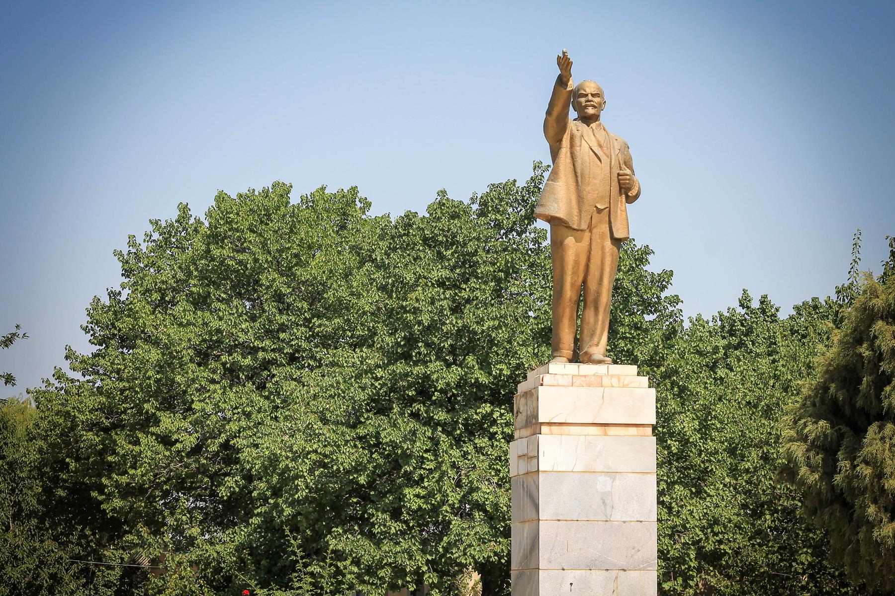 Jest i Lenin