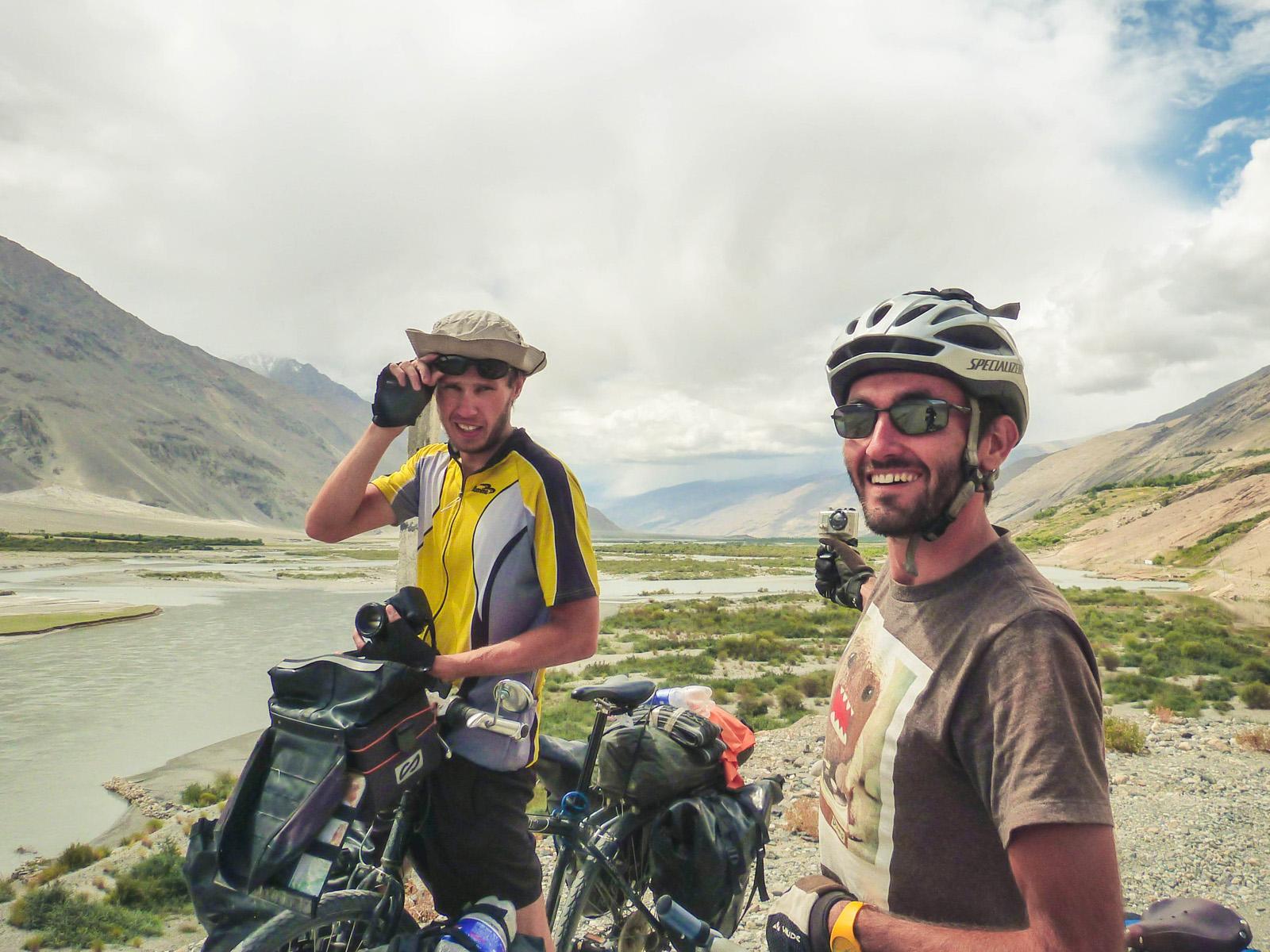 Francuzi, z którymi mieliśmy przyjemność jechać kilka dni wzdłuż Afganistanu.