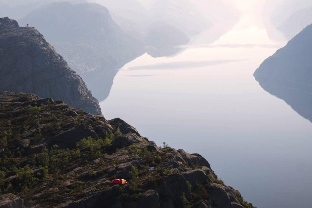 Noclegi-na-dziko-w-norwegii