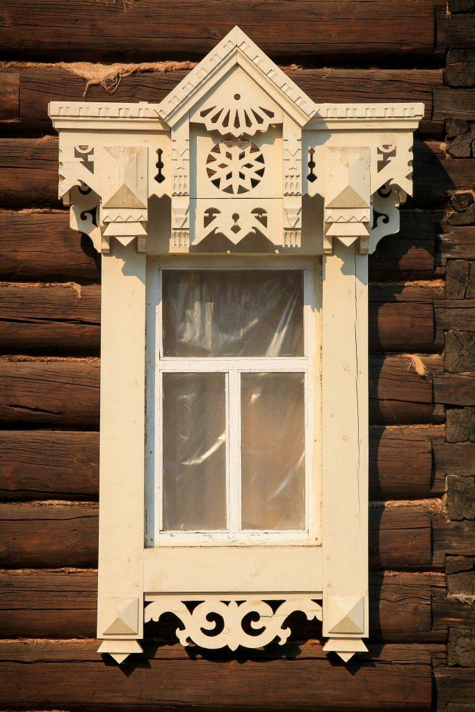 Syberia drewniane okiennice zdobienia