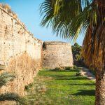 Famagusta. Opuszczona 40-tysięczna dzielnica i starożytne ruiny Salamina