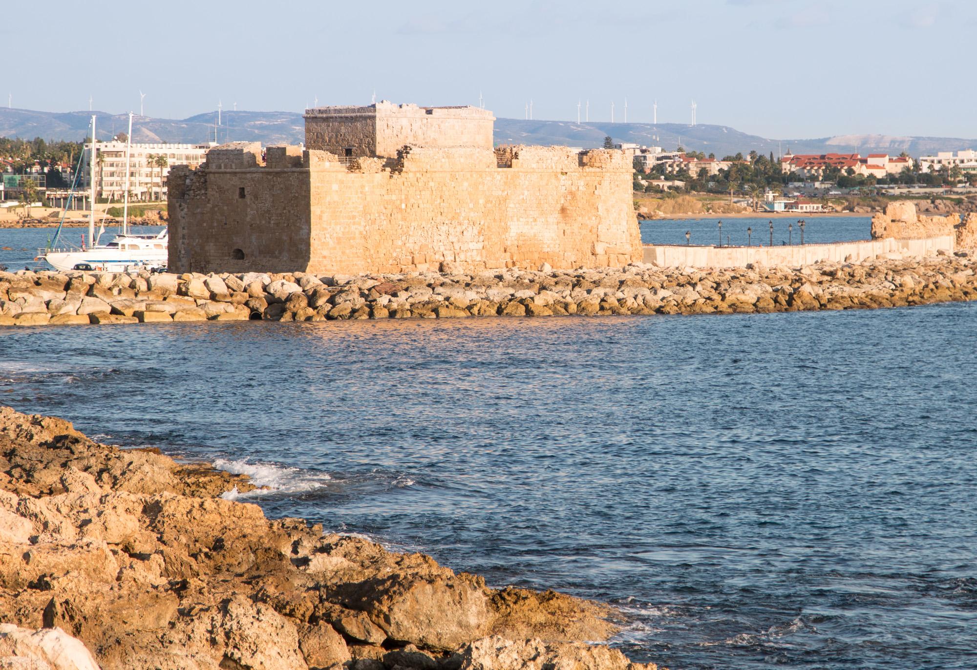 Bizantyjski fort nieopodal dworca autobusowego