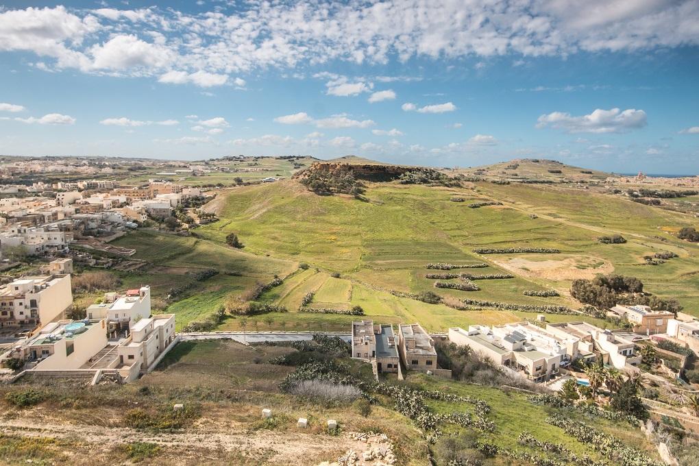 jak dojechać z lotniska Malta