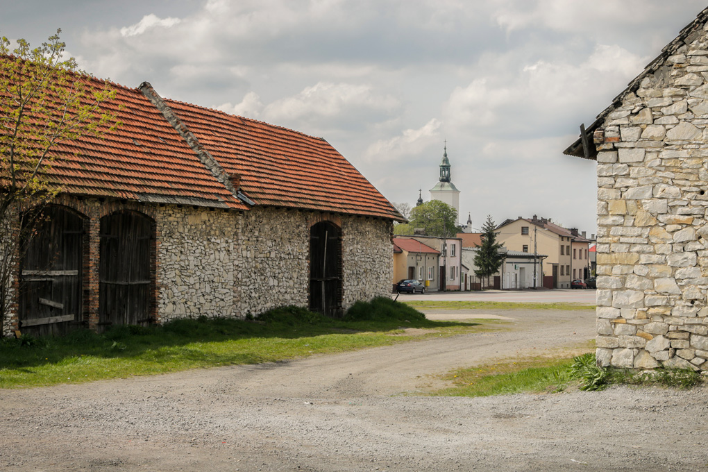 Zespół stodół w Żarkach