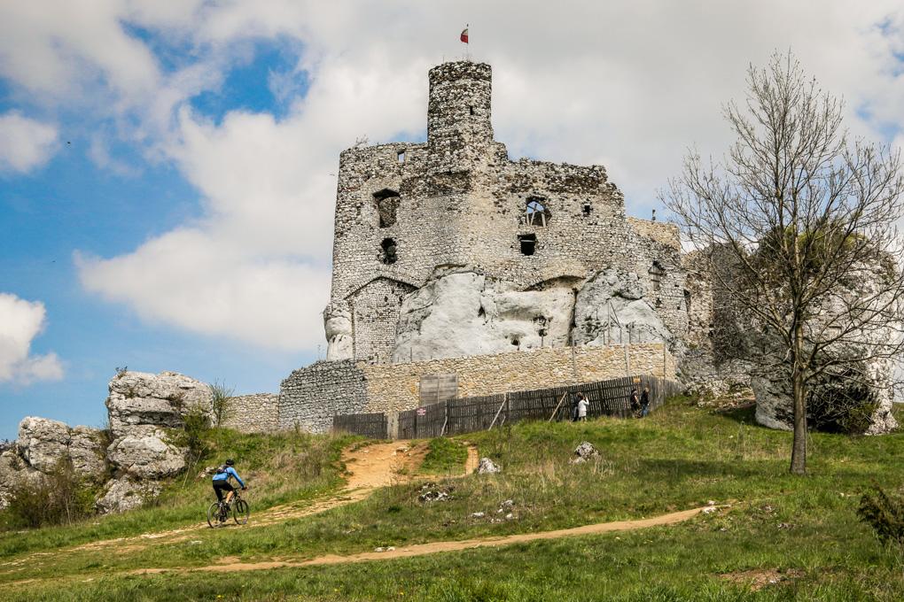 Mirów Zamek Ciekawe miejsca na Jurze