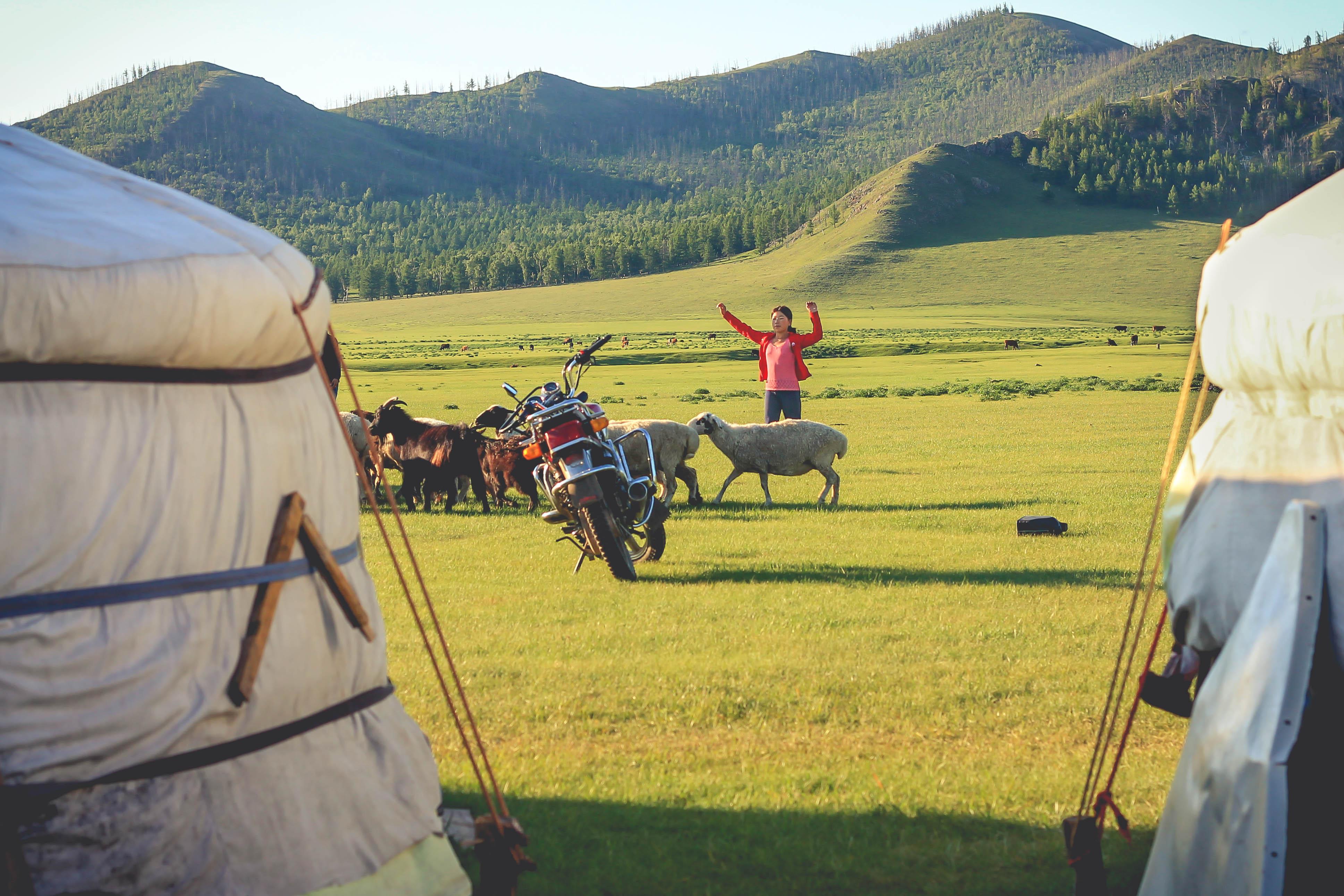 Mongolia podróż praktyczne informacje ciekawe miejsca przewodnik