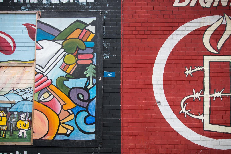Murale grafitti w Belfaście