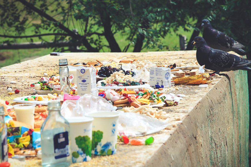 Ofiary z jedzenia składane duchom